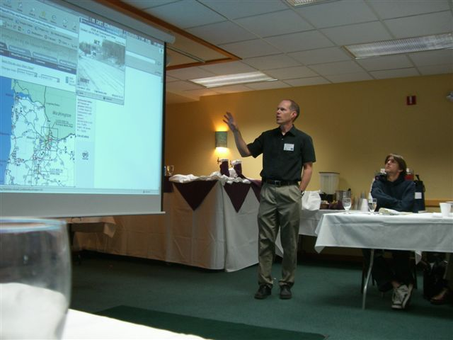 Galen McGill, ODOT, discussed Oregon's traveler information systems.